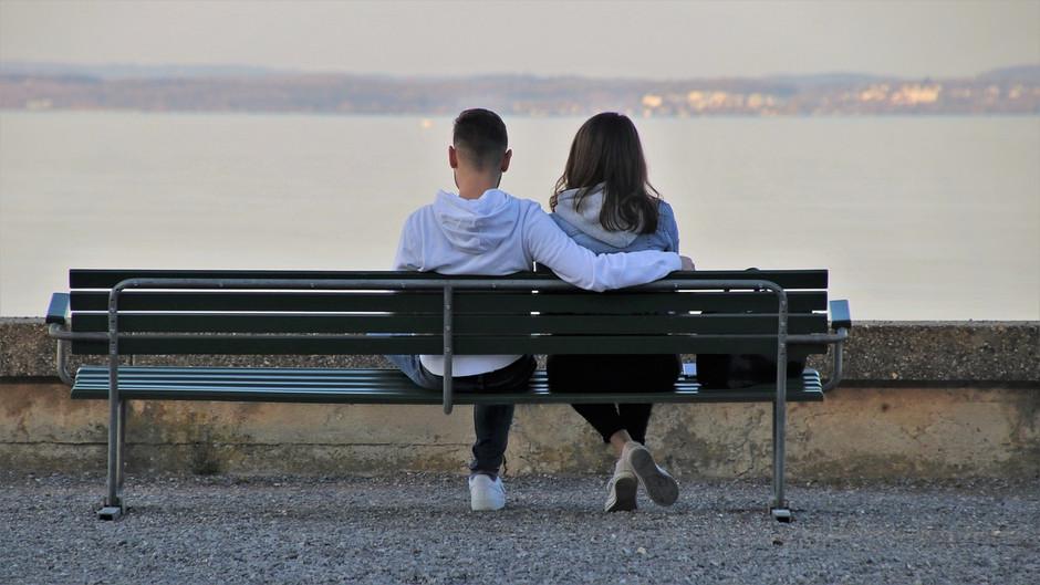 Internet muda o perfil dos relacionamentos