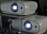 2台の平行設置プロジェクタによる構造化ライトフィールド