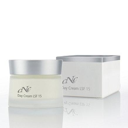 CNC White Secret Day Cream LSF 15