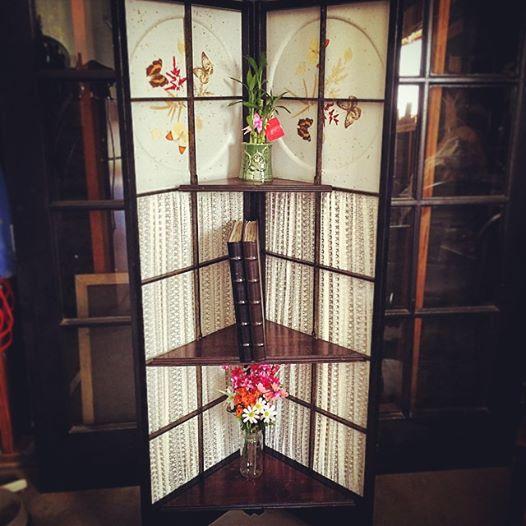 butterfly corner shelf
