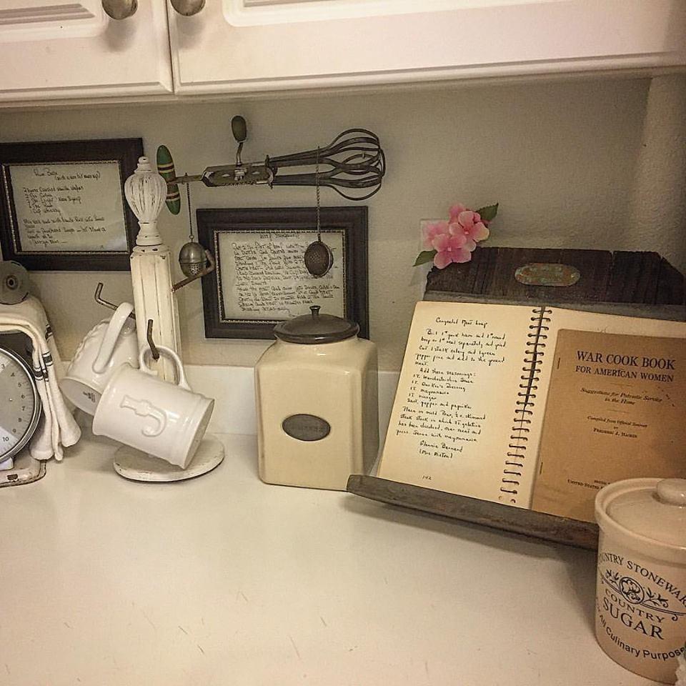 cookbook stand #249