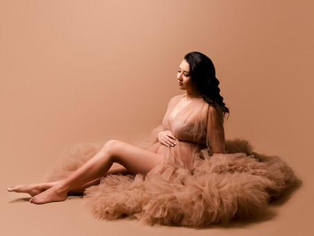 Christina's Fine Art Studio Maternity Session - With Jaemie Hillbish Photography
