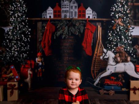 2020 Christmas Mini Sessions - With Jaemie Hillbish Photography