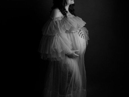 Fine Art Maternity Session - With Jaemie Hillbish Photography.