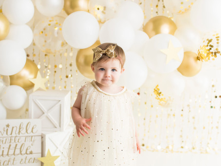 Gold Twinkle, Twinkle Little Star Cake Smash - With Jaemie Hillbish Photography.