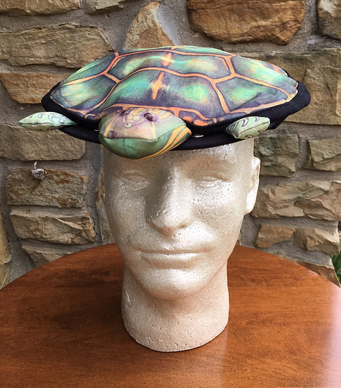 The Turtle Hat, Goth