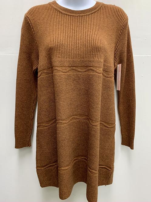 Long Sweater w/ Line Patterns