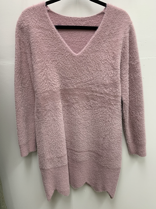 Sweater Dress with Diamond Cut