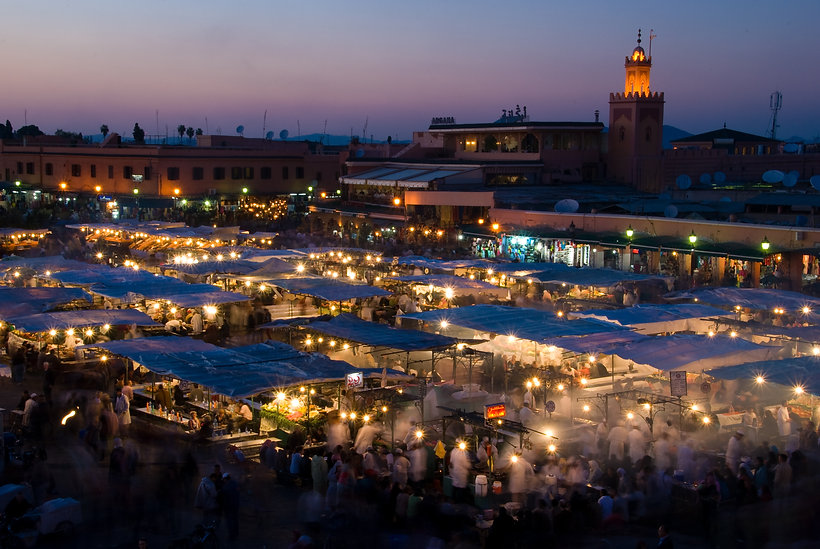 Djemaa_El_Fna_at_sunset_(2362267954).jpg