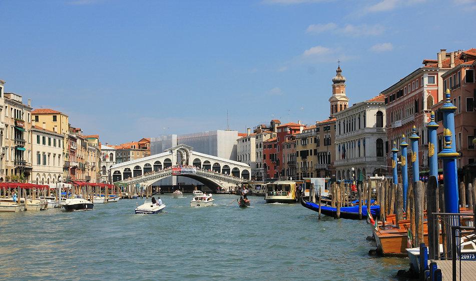 Canal_Grande_(Venice).jpg