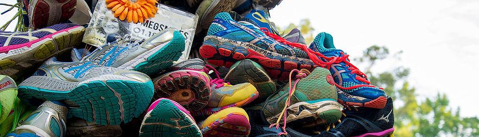 shoe monument image