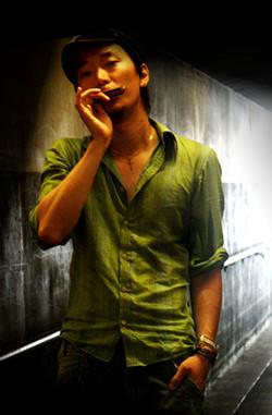 Yoon Choe - Keys/ Harmonica