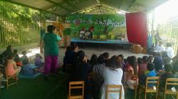 obra El Rey de Las Hormigas en jardin infantil 2