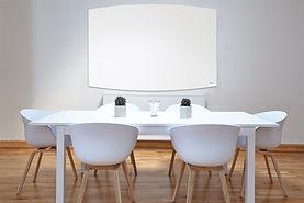 לוחות מחיקים מזכוכית לחדר ישיבות ולבית של ביקליר