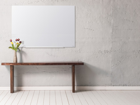 איך לוח מחיק מזכוכית הפך לפריט חובה במשרד ובבית?