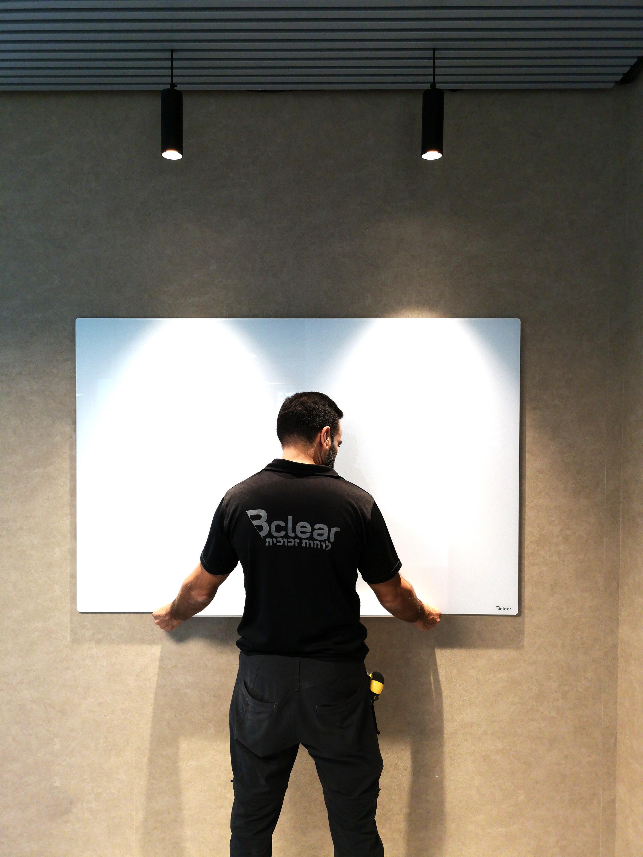 התקנה של לוח זכוכית Bclear