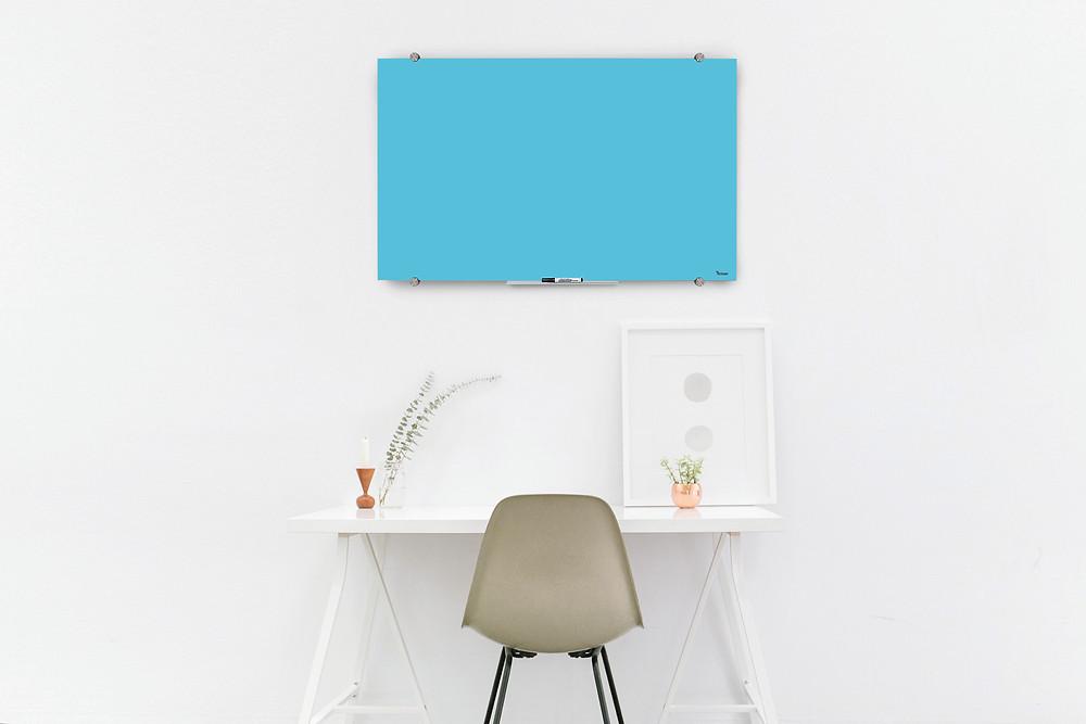 לוח זכוכית מחיק קטן בצבע תכלת Bclear Mini
