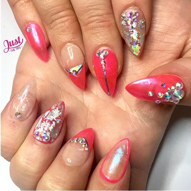 Made myself some PRESS ON NAILS 💅🏾 #PressOnNails #Nails #VictoriaVictoriaNailArt # #PinkNailArt #IridescentNailArt #PinkPressOnNails