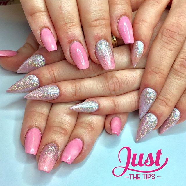 💕friends that nail together play together💖#thinkpink