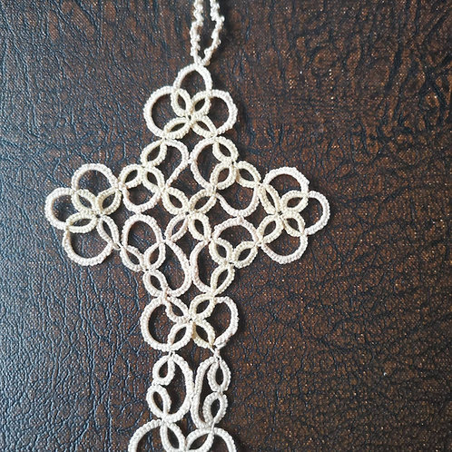 Tatted cross bookmark 3