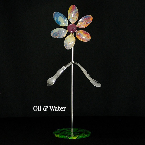 Oil & Water Med Flower W/Base