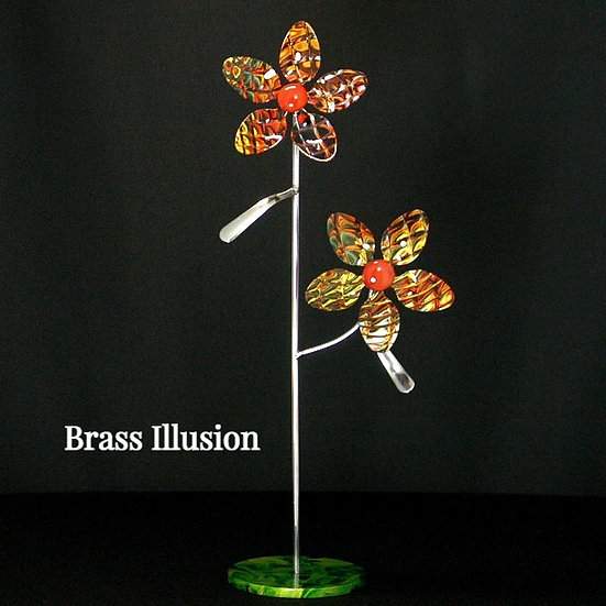 Brass Illusion Small Flowers w/Base