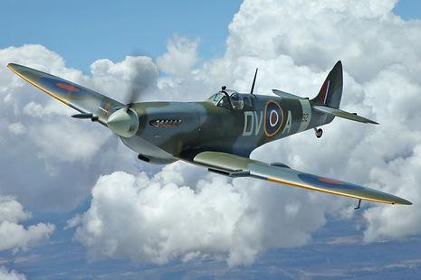 1945 Supermarine Spitfire XVIe TE392
