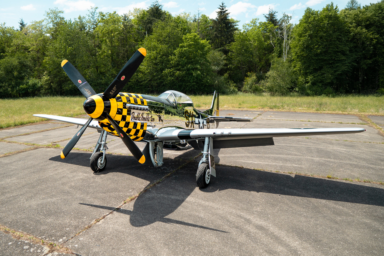 1944 N.A.A. TF-51 Mustang