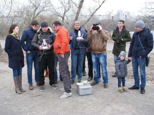 ParaGraf.ru   Фото отчет сбора пилотов и увлекающихся квадрокоптерами и дронами