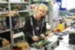 Reparatur-Fachmann, Elektroniker, Tomy Poms
