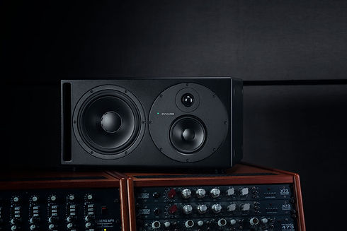 dynaudio-core-59-beauty-side.jpg