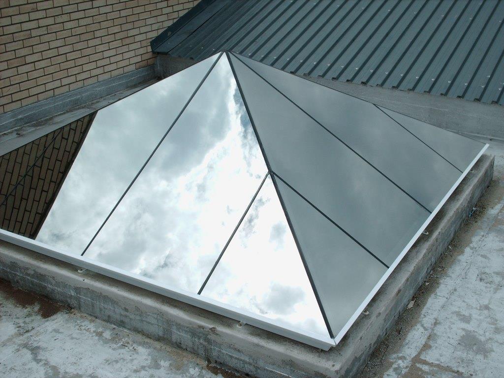 Flush Glazed 30° Pyramid