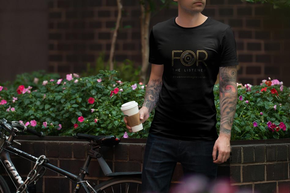 11-male-tshirt-mockup.JPG