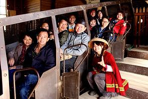 墨爾本粉紅湖, Melbourne Pink Lake, Melbourne Local tour, Melbourne Chinese Tour, Melbourne Chinese Day Tour, Melbourne Chinese Day Tour, Melbourne Chinese Tour, Melbourne day tour, Melbourne day tours, Melbourne Cantonese Tour, Puffing Billy, KK墨爾本旅遊團,
