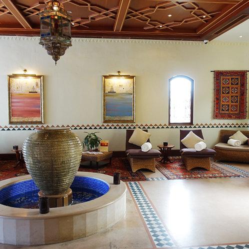 Journée Acces Piscine + Repas + 60min spa, Resort de Luxe dans le Désert de