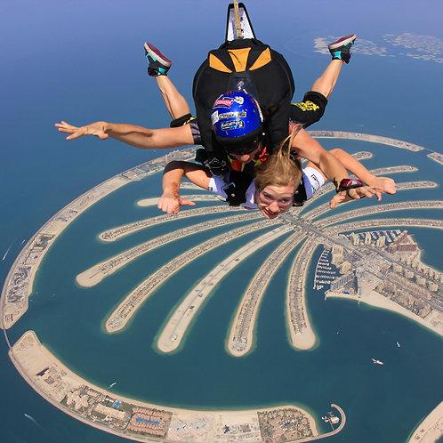 Saut en parachute en tandem Au dessus de la Palm à Dubai