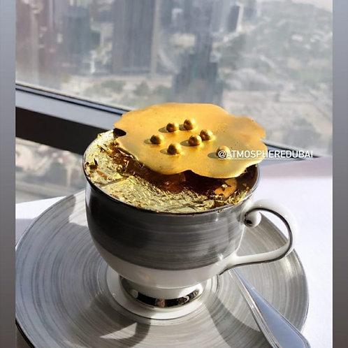 Café à l'or 24 carats dans les nuages au 122 ème étage de Buj Khalifa à Dubai
