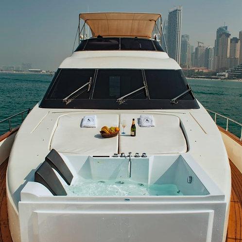 Location de yatch privé avec jacuzzi à Dubai