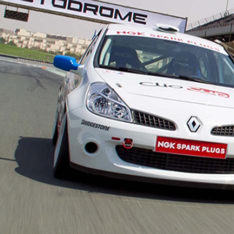 Clio Cup Experience sur circuit à Dubai