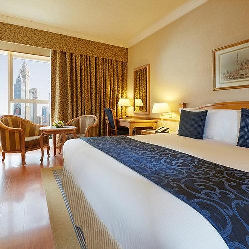 Hôtel Crown Plaza à Dubai 4*