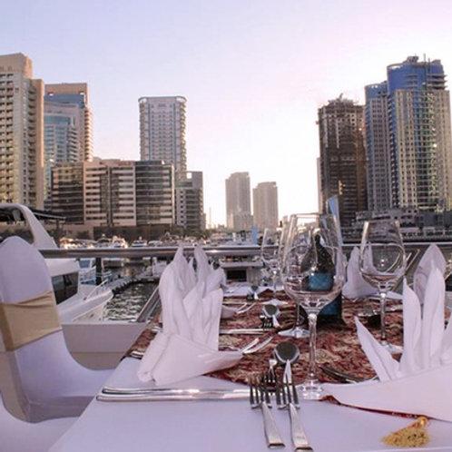 Diner sur un yatch à Dubai Marina ( avec ou sans transport )