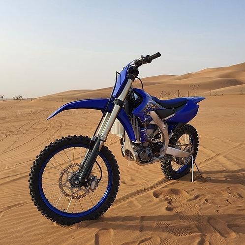Session de Moto pendant 1 heure dans le désert de Dubai