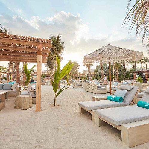Journée sur une nouvelle plage à Dubai