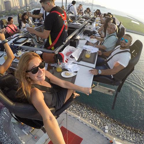 Repas suspendu lunch, thé ou dinner à 50 mètres du sol ! à Dubai
