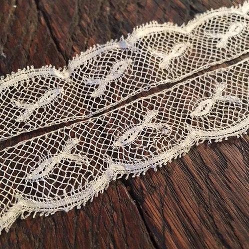 Antique Tulle Réseau Lace Ribbon - Net Lace