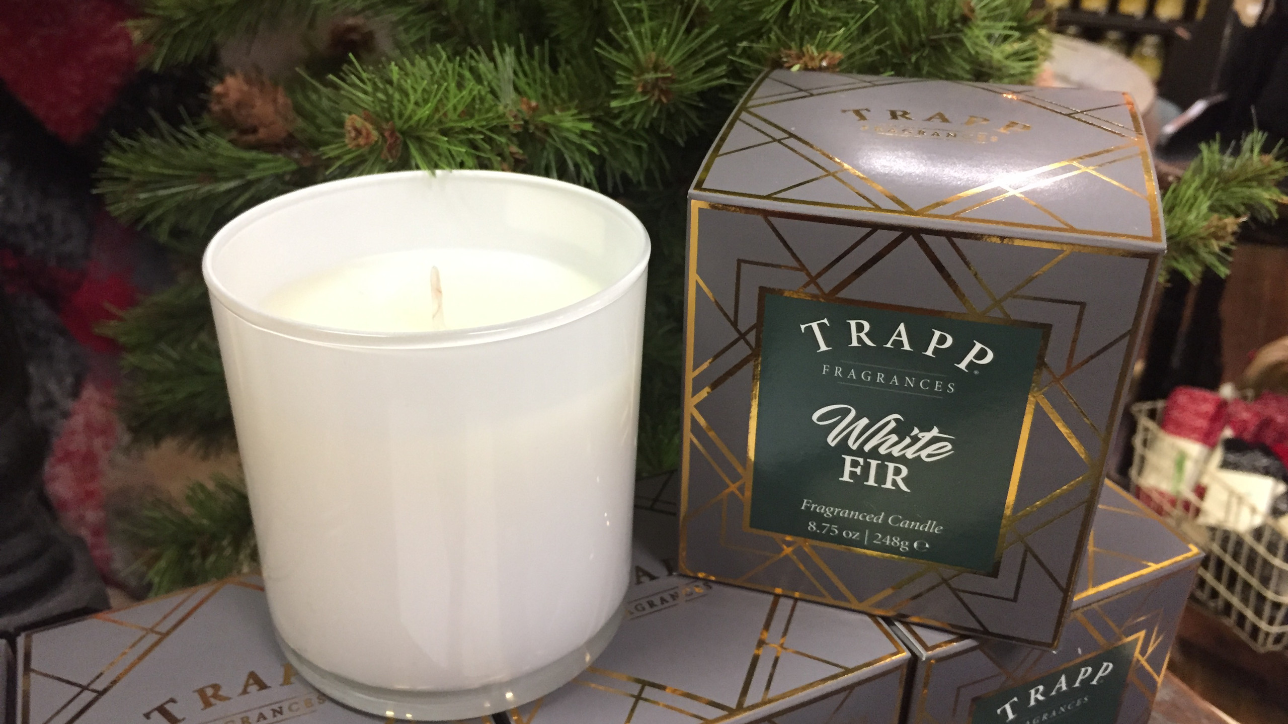 White Fur Trapp Candle