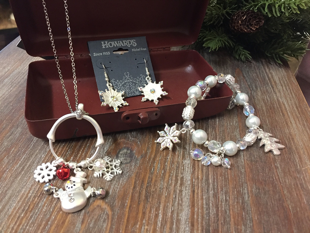 Our seasonal jewelry and accessories