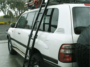 BLACK WIDOW ALUMINIUM ROOF RACKS