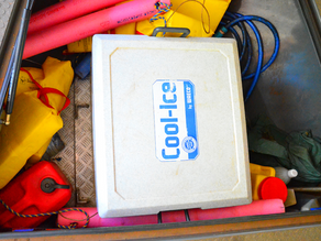 OUTDOORS ESSENTIALS: PRACTICAL BOAT SET UP TO SWAP WAECO CFX-40 WITH COOL-ICE BOX