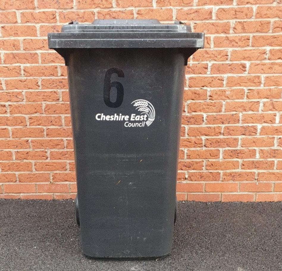 Black bin clean 4 weekly £4.00